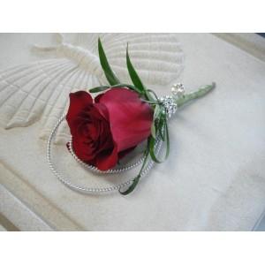 Boutonnière de rose
